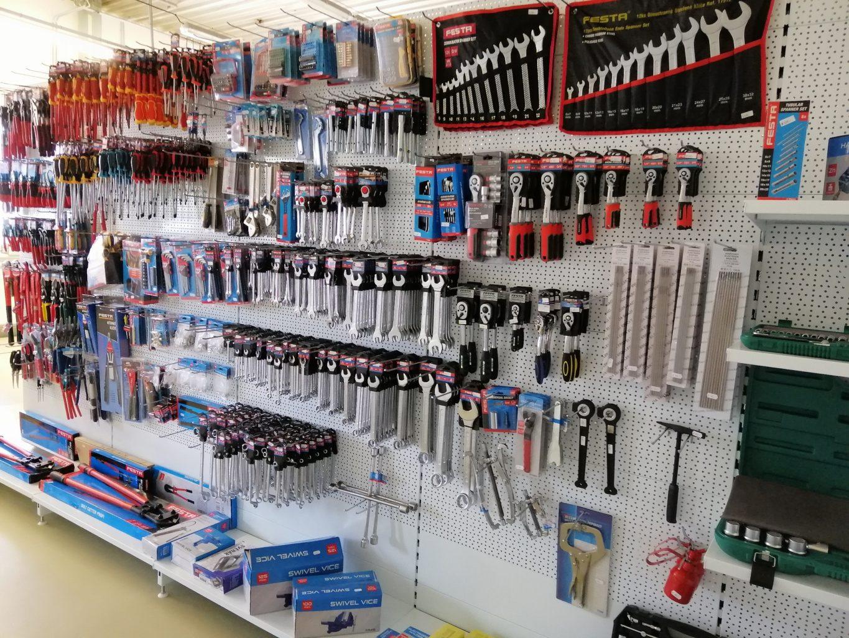 Prodejna NARETA nabízí sortiment , sady klíčů, trubkové klíče